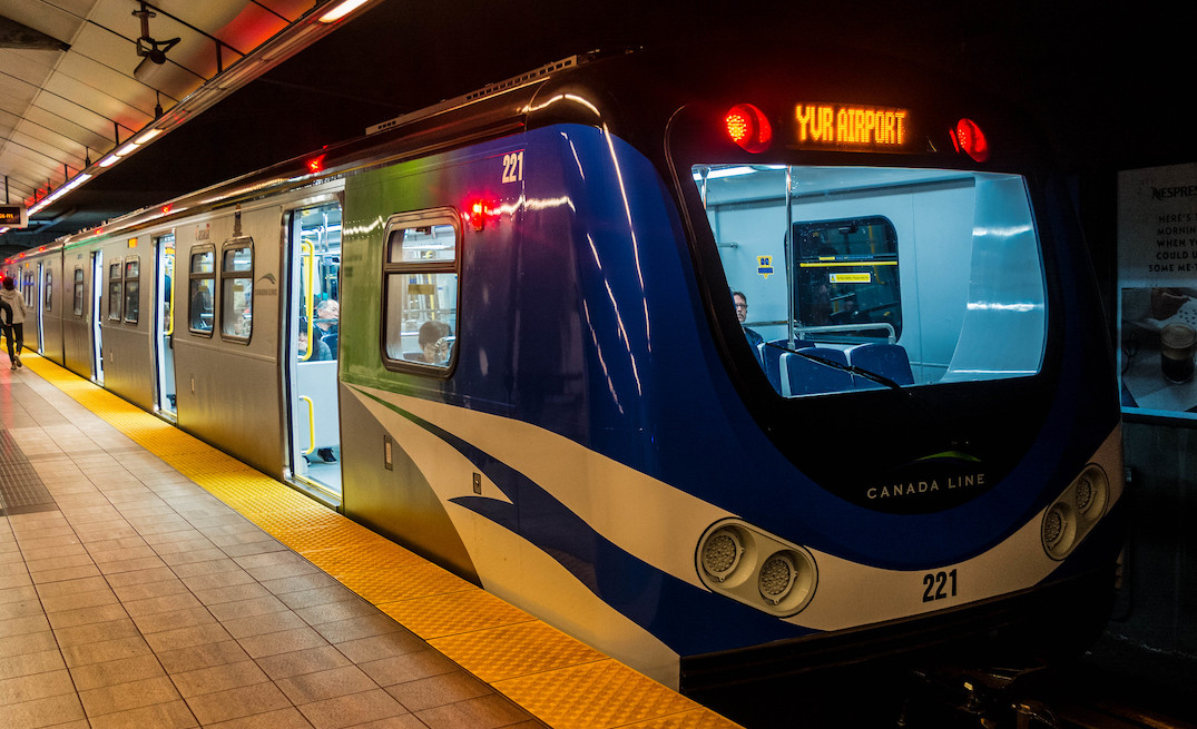 Man arrested after allegedly threatening a mother and daughter on Canada Line