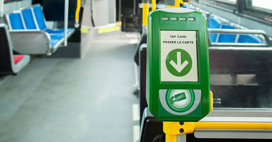 Metrolinx to test out tapping payment system using phone or cards