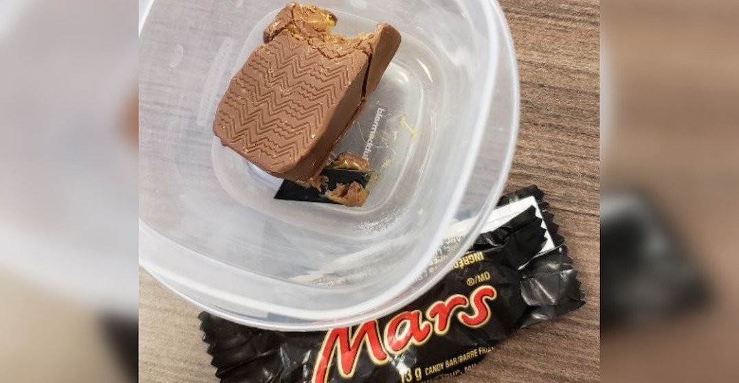 Razor allegedly found in boy's Halloween candy in Ontario