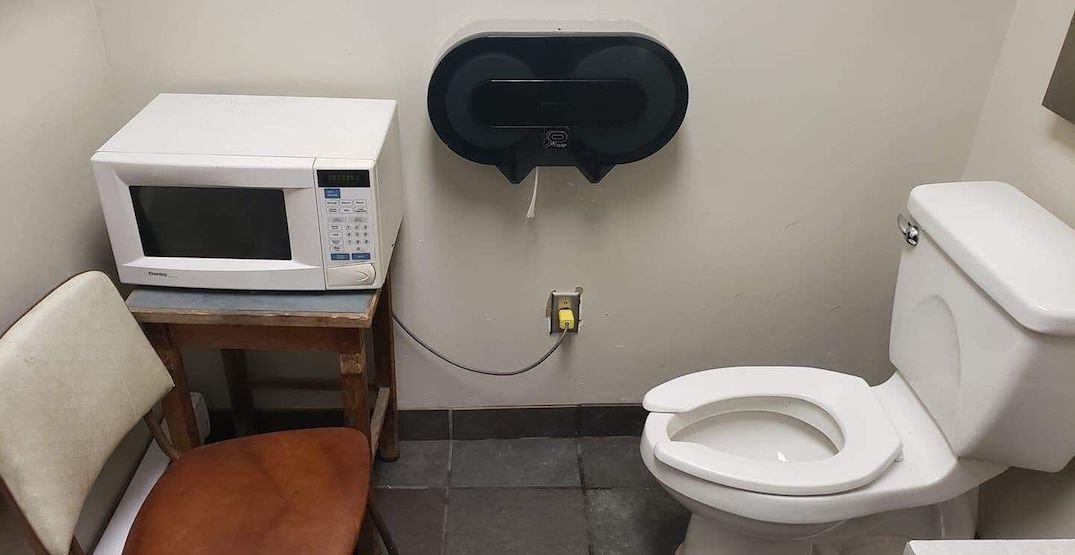 Photo of TransLink bus driver washroom with microwave goes viral