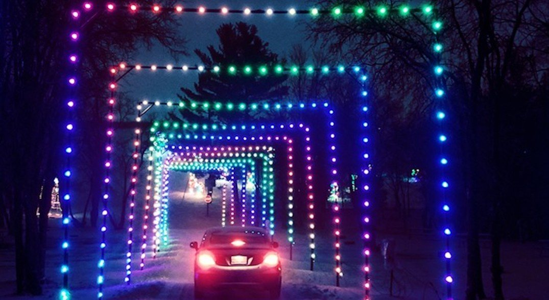 This drive-thru Christmas light tunnel