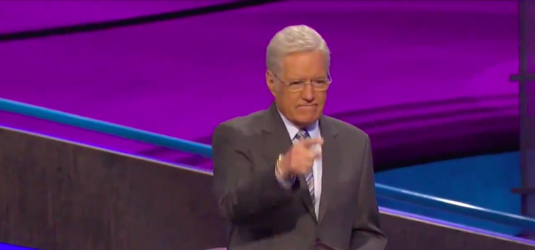 Alex Trebek's emotional reaction to contestant's message goes viral (VIDEO)