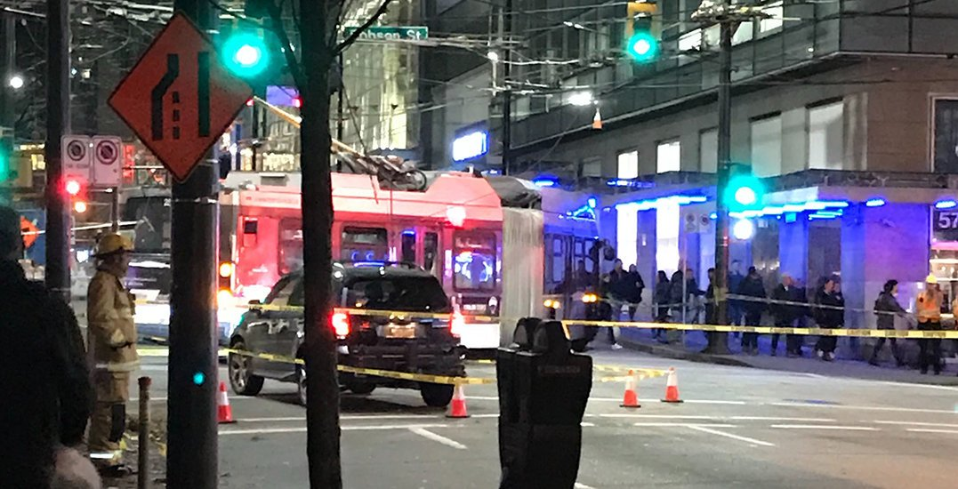 Buses still being rerouted in downtown Vancouver after Thursday night accident