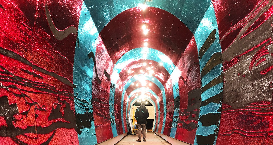 """Toronto's glitzy 80-foot sequinned """"Tunnel of Glam"""" returns next month (PHOTOS)"""