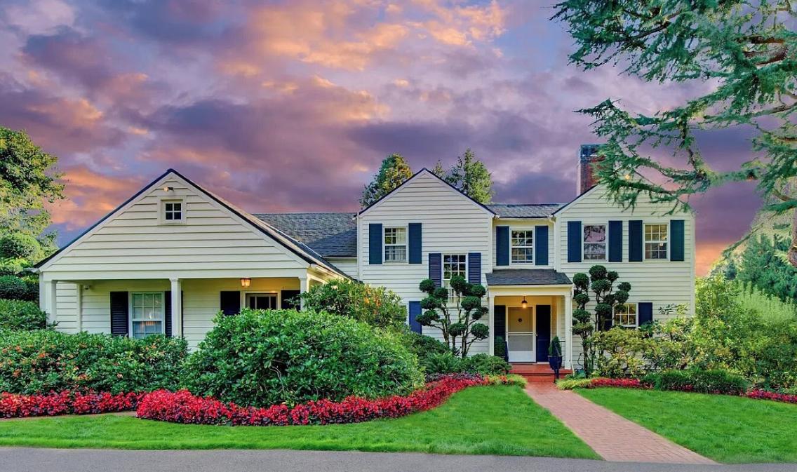 Image courtesy of Diana Harrell via roomvu - real estate marketing