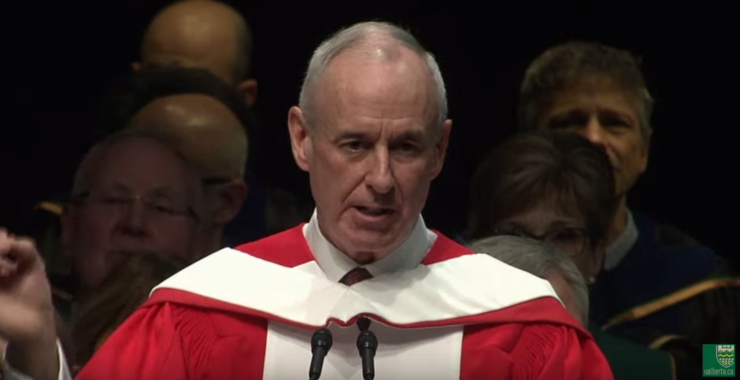 Ron MacLean shares lessons from past week in speech to University of Alberta grads