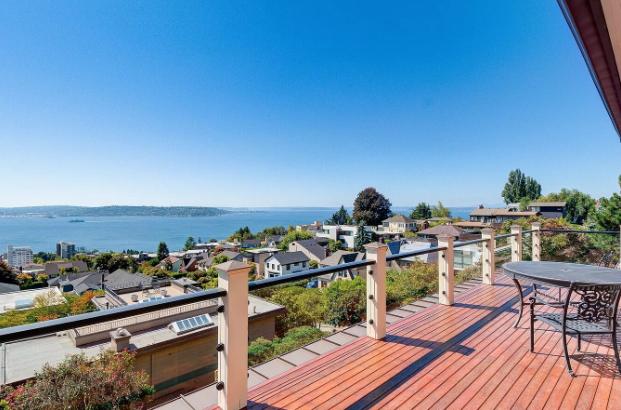 Image courtesy of George and Melanie Beasley via roomvu - real estate marketing