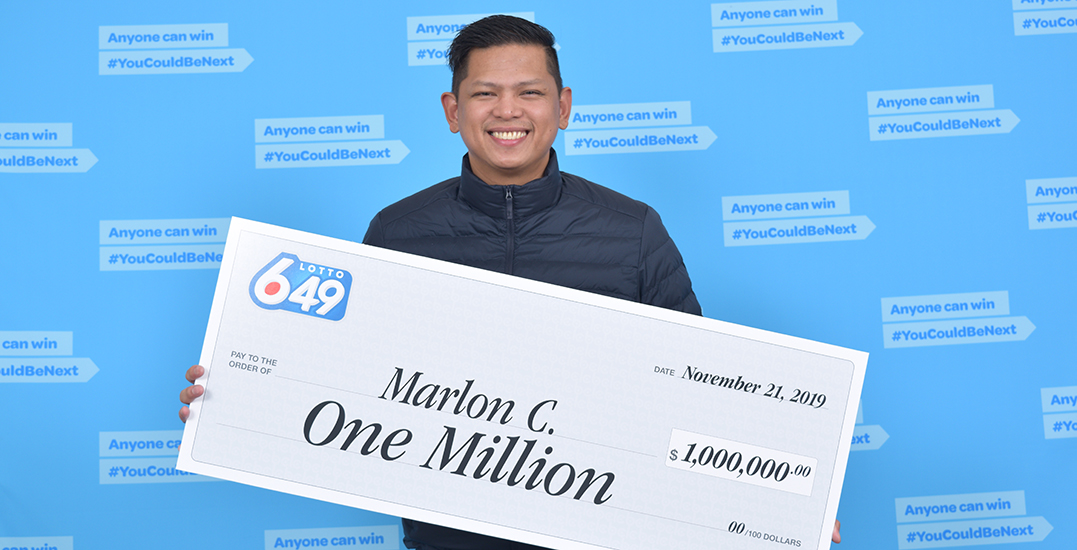 """$1M lotto winner says he'll buy home with a yard for """"good-luck charm"""" dog"""