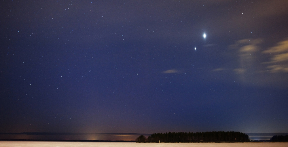 Look up: Venus-Jupiter conjunction coming Sunday at dusk