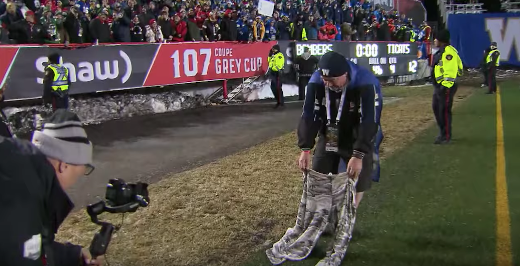Winnipeg man wears pants for first time in 18 years after Blue Bombers win Grey Cup