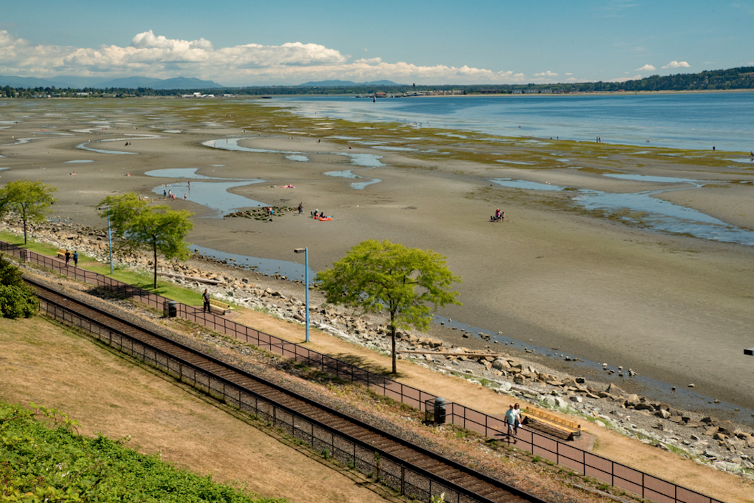 white rock waterfront Burlington Northern Santa Fe Railway BNSFR