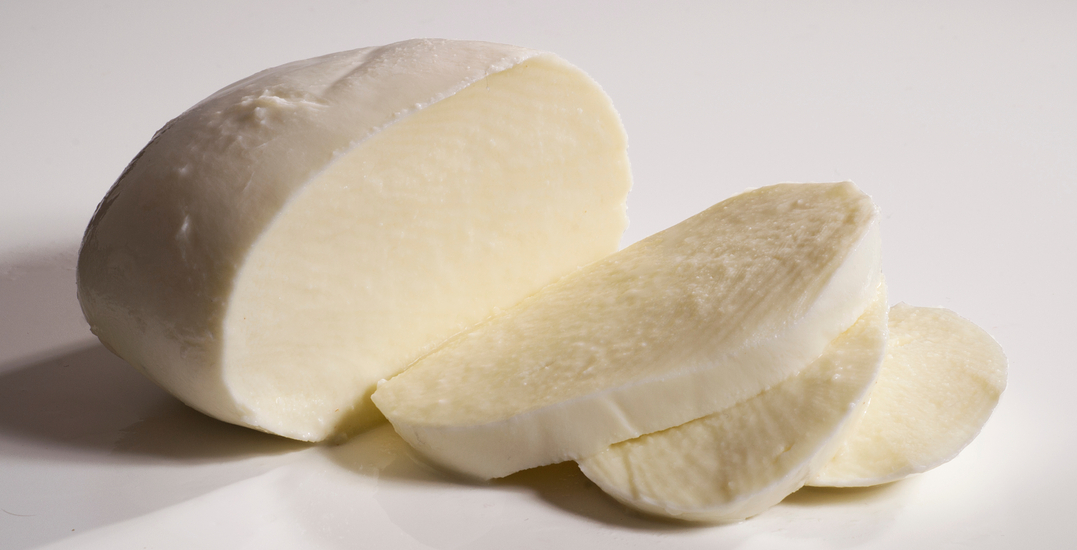 Mozzarella cheese recalled due to risk of Listeria: CFIA