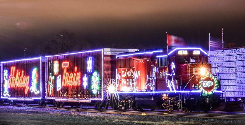 A magical Christmas train rolled through Toronto yesterday (PHOTOS)