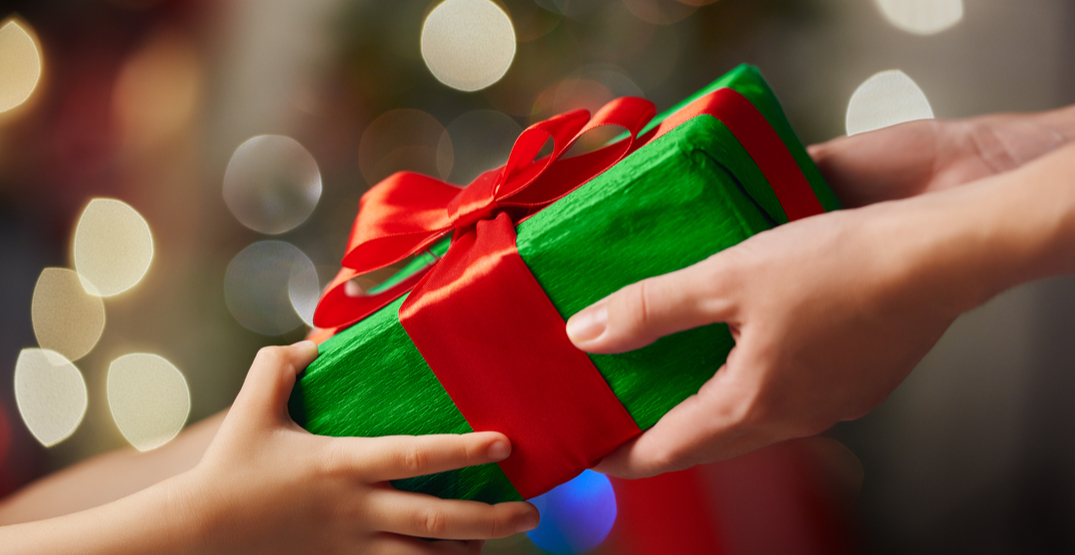 5 ways to show your support for local charities this holiday season