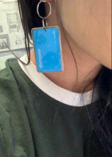 compass mini earrings
