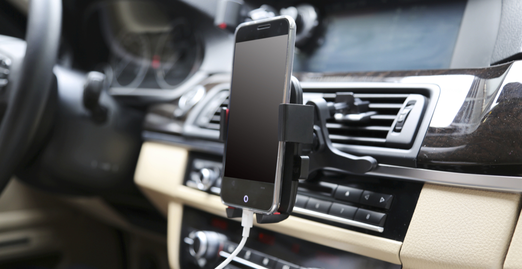 """Supreme Court dismisses ticket for """"N"""" driver with phone mounted to dashboard"""