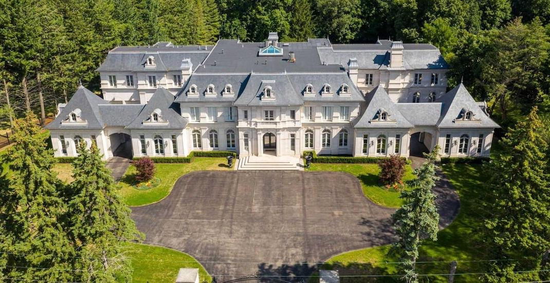 A look inside this $50 million mansion outside of Toronto (PHOTOS)