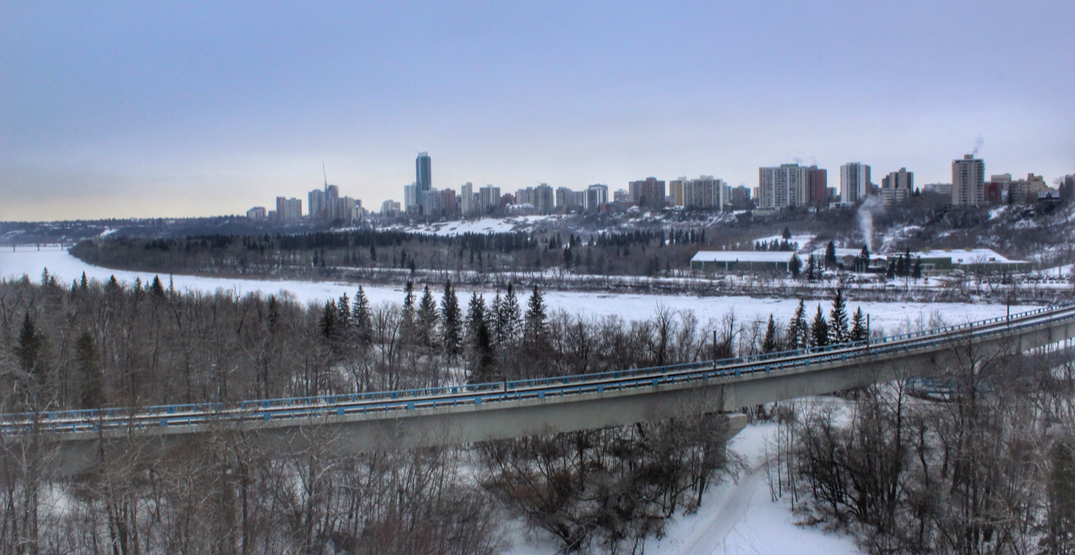 Clouds and heavy winds to blow through Edmonton this week