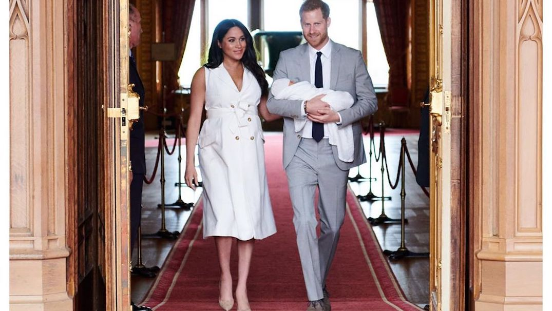 Meghan Markle and Prince Harry release first Christmas card with baby Archie (PHOTO)