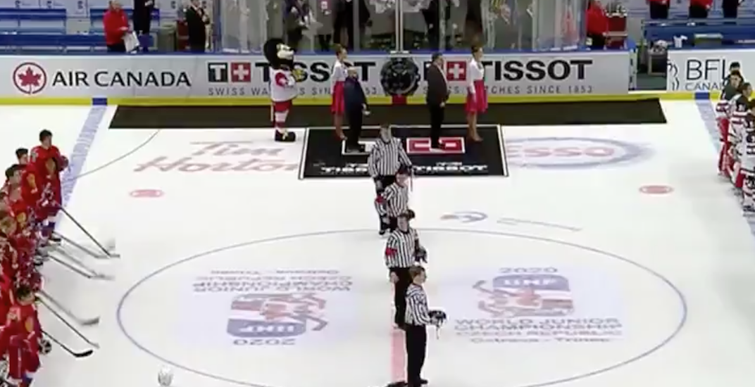 Team Canada captain under fire for not removing helmet during Russian anthem