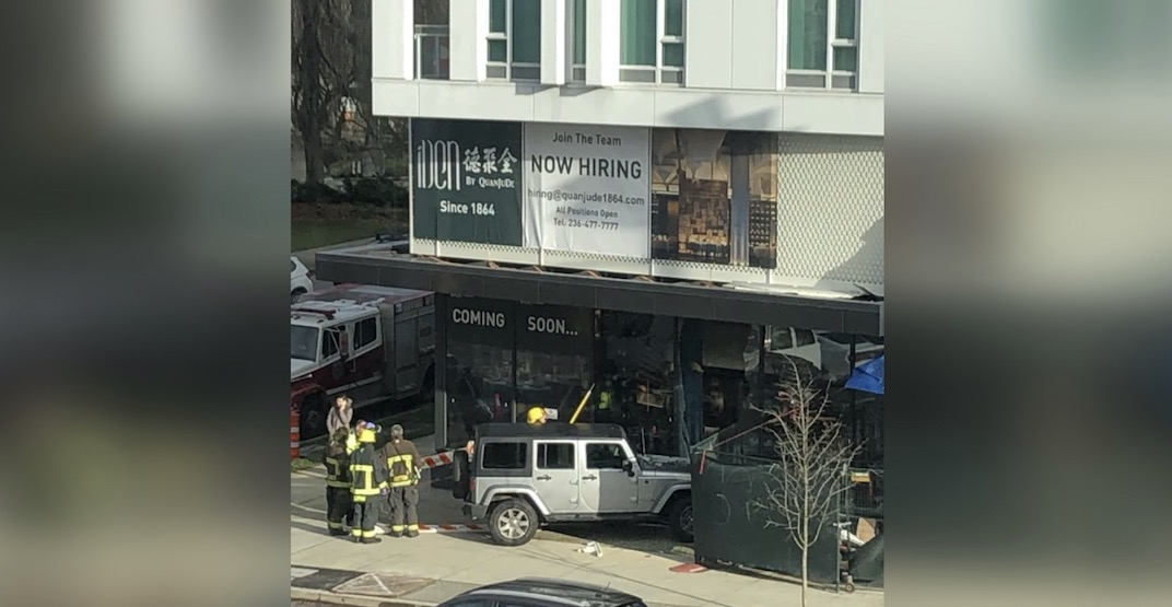 Car crashes into Vancouver's new high-end Chinese eatery before it opens (PHOTO)