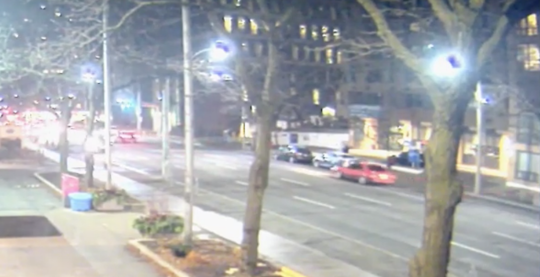 Toronto police seeking driver connected to fatal downtown hit-and-run (VIDEO)