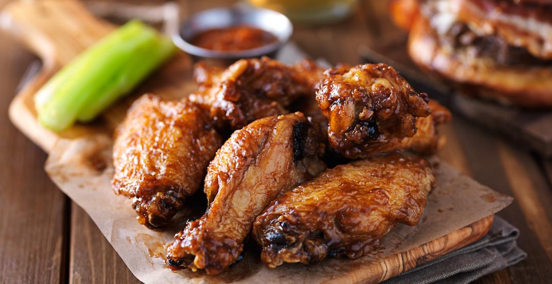Portland is having a free chicken wing pub crawl this season