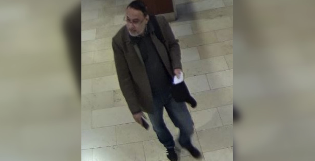 Man allegedly sexually assaults woman at Mississauga shopping centre