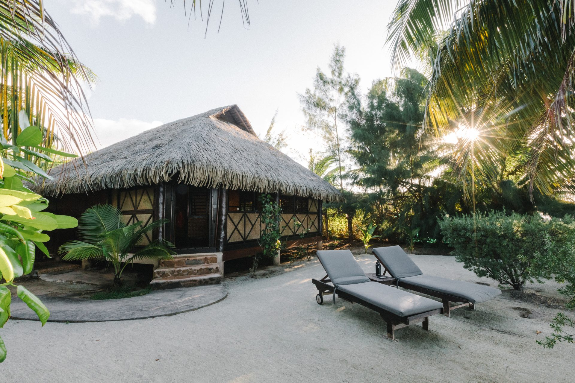 travel-bucket-list-hut
