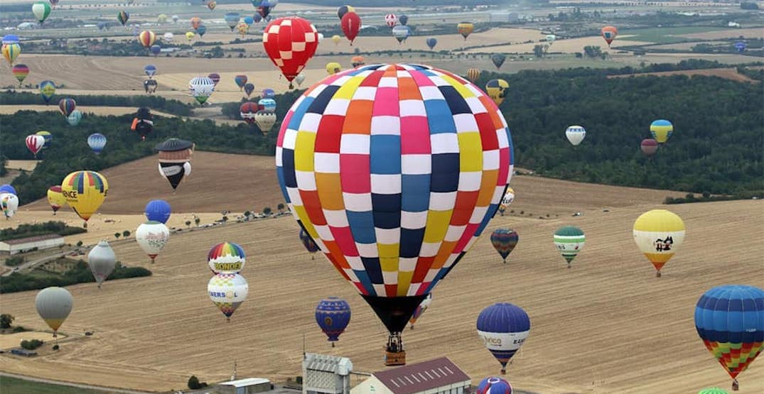 Soar over Oregon at an amazing hot air balloon festival this summer