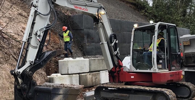 Eastbound lane of West Burnside remains closed due to landslide risk