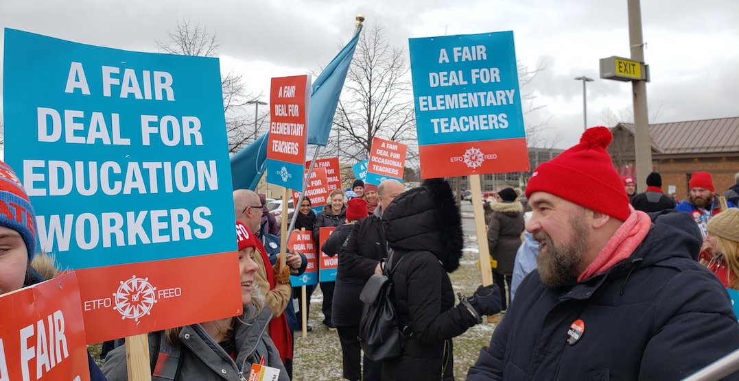 All Ontario public schools will be shut down for a teachers strike 1 day next week