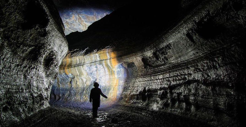 Wonderful Washington: Hike through over 2 miles of lava caves