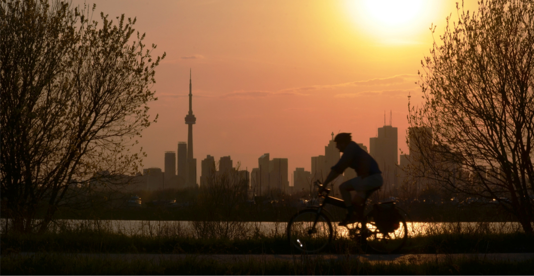 Opinion: Why spend billions on the Gardiner when most Torontonians take transit, walk or cycle?