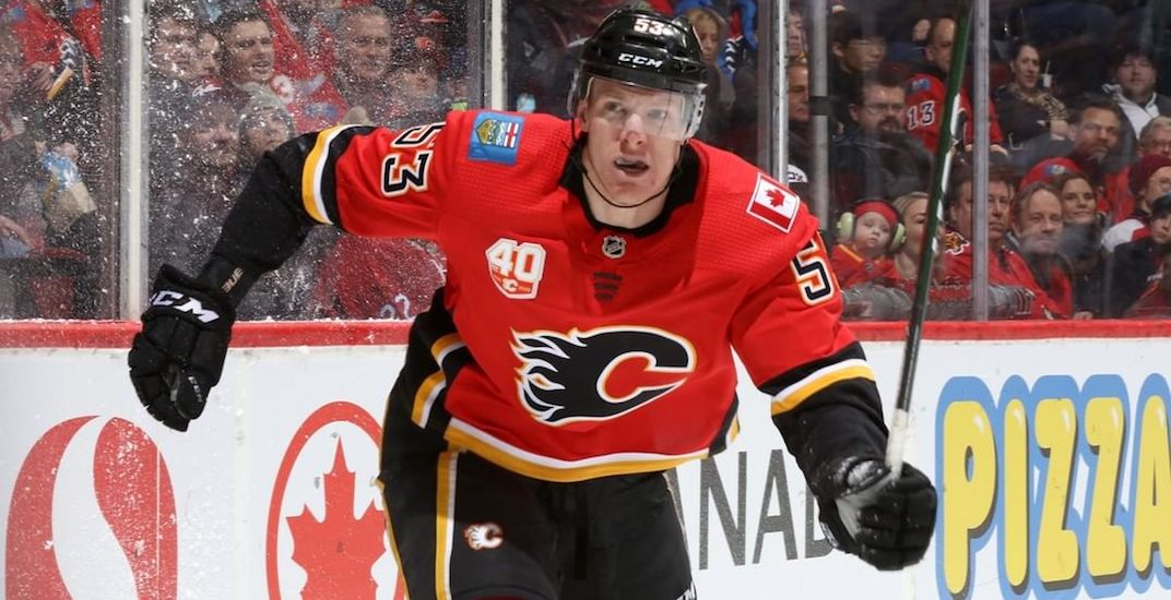 Buddy Robinson's rise from AHL journeyman to Flames top line