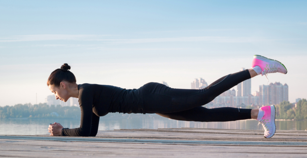 5 best exercises to strengthen your core, according to a personal trainer
