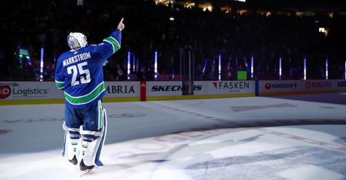Jacob Markstrom Sets New Canucks Record With Shutout On Sedin Night Offside