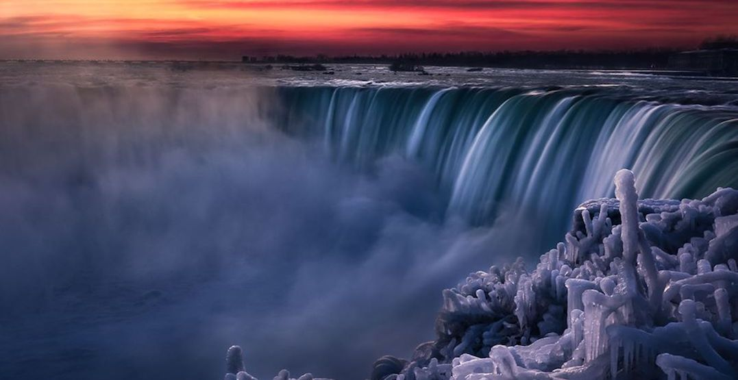 Niagara Falls is a glorious frozen winter wonderland right now (PHOTOS)