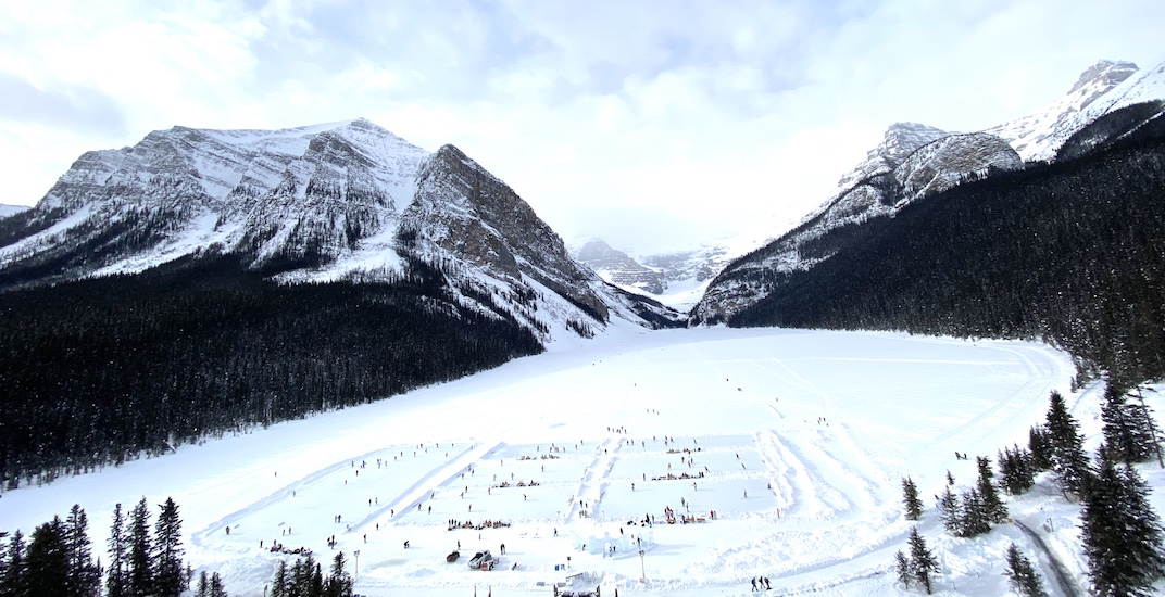 Lake Louise turned into a magical ice hockey wonderland this weekend (PHOTOS)