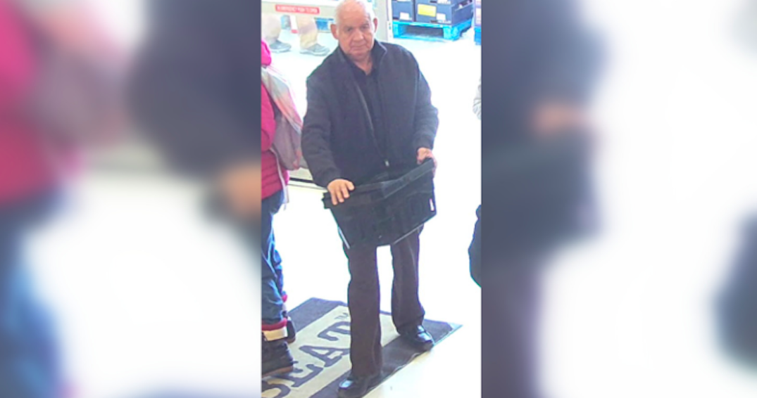 Man wanted after allegedly groping two women in a grocery store