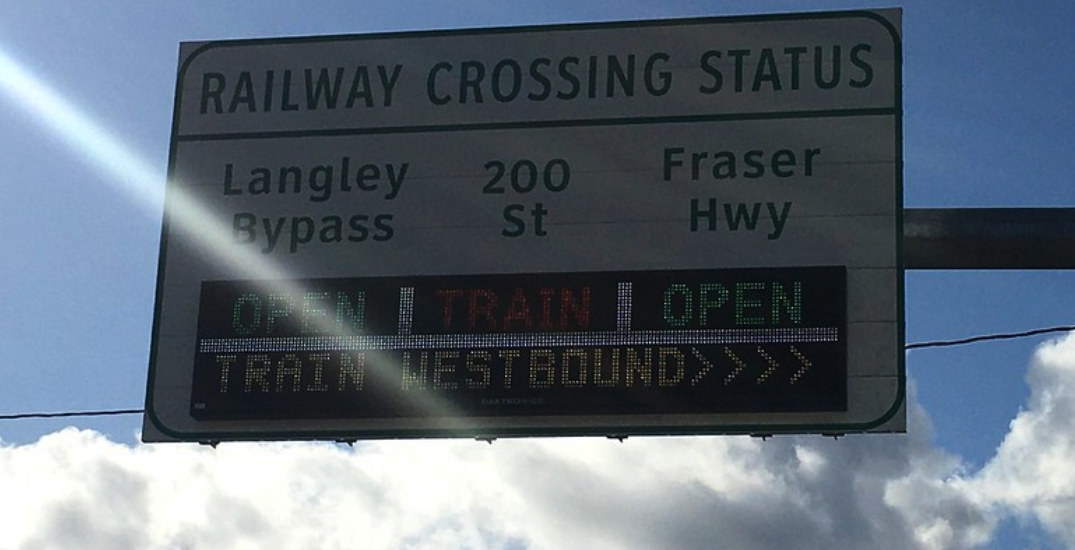 Real-time railway crossing delay signs are now live in Metro Vancouver