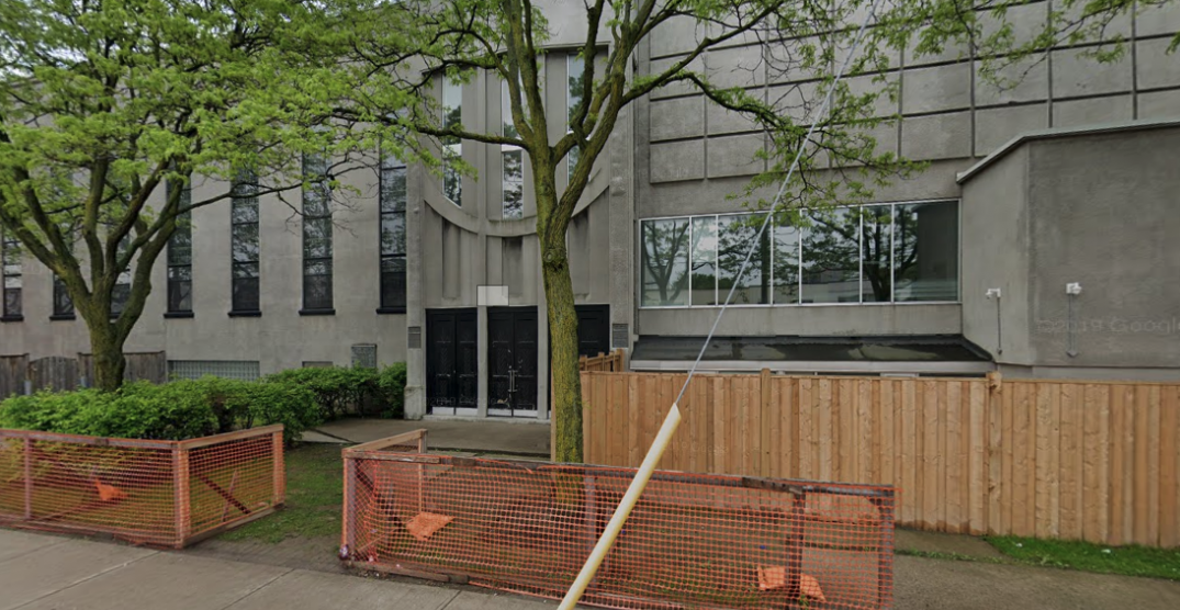 Toronto synagogue temporarily closes as member tests positive for COVID-19