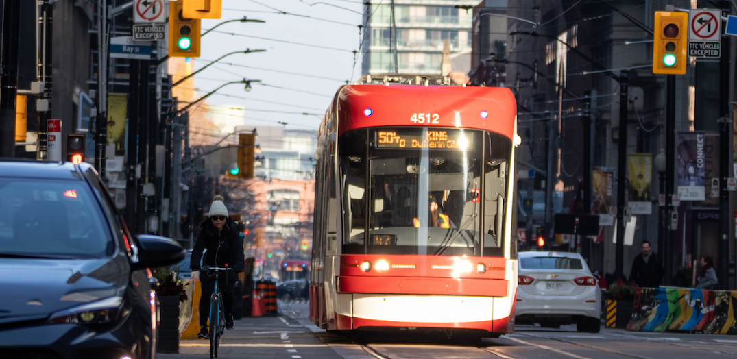 Toronto transit union to support workers wearing face masks as coronavirus spreads