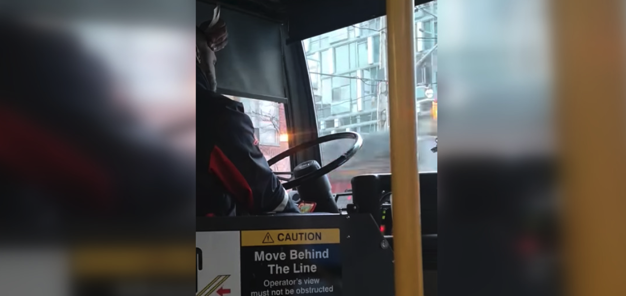 Passenger films TTC operator allegedly playing games on phone while driving (VIDEO)