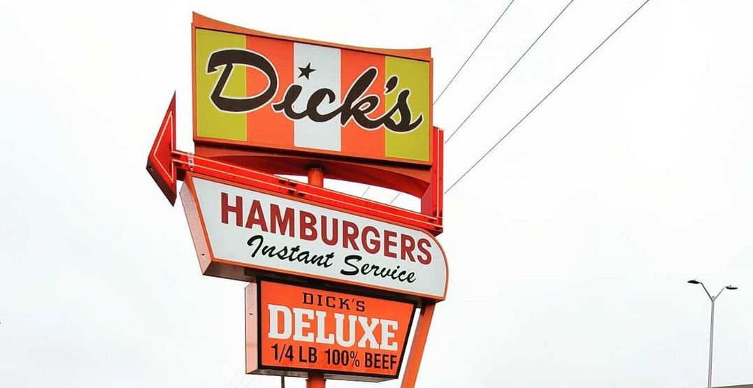 Dick's Drive-in customers follow 6-foot rule during coronavirus pandemic
