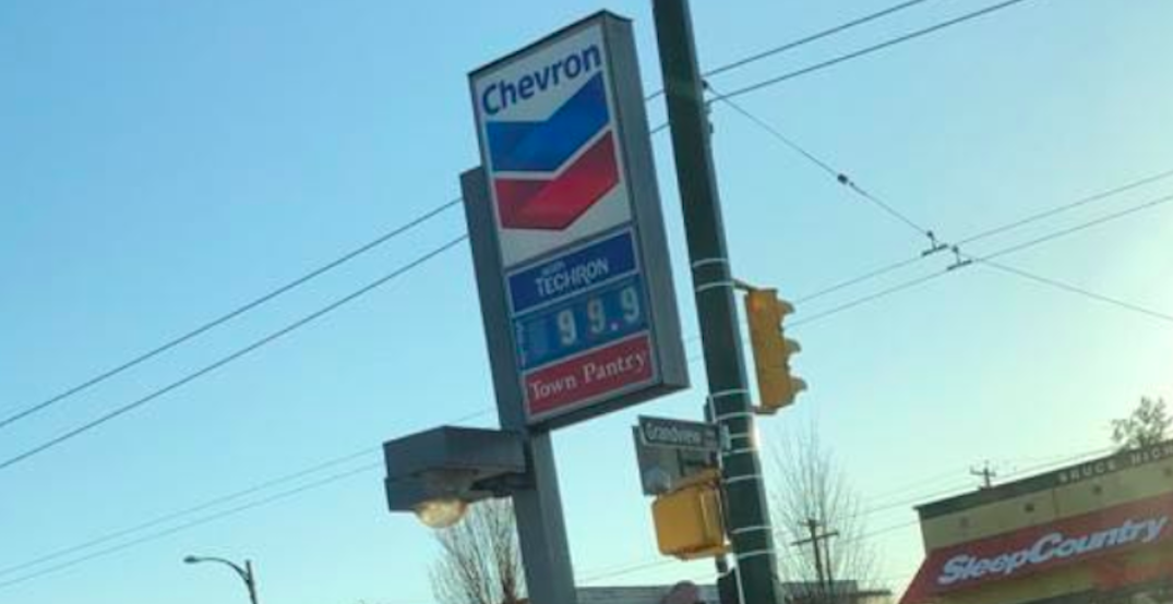 Metro Vancouver gas prices fall below $1/litre