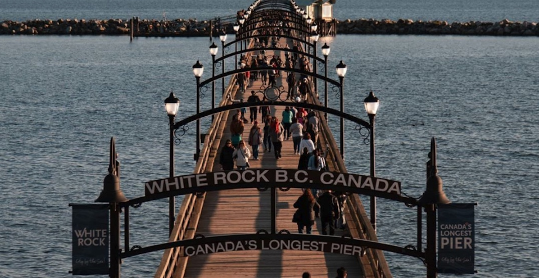 White Rock closes its waterfront to reduce the number of visitors