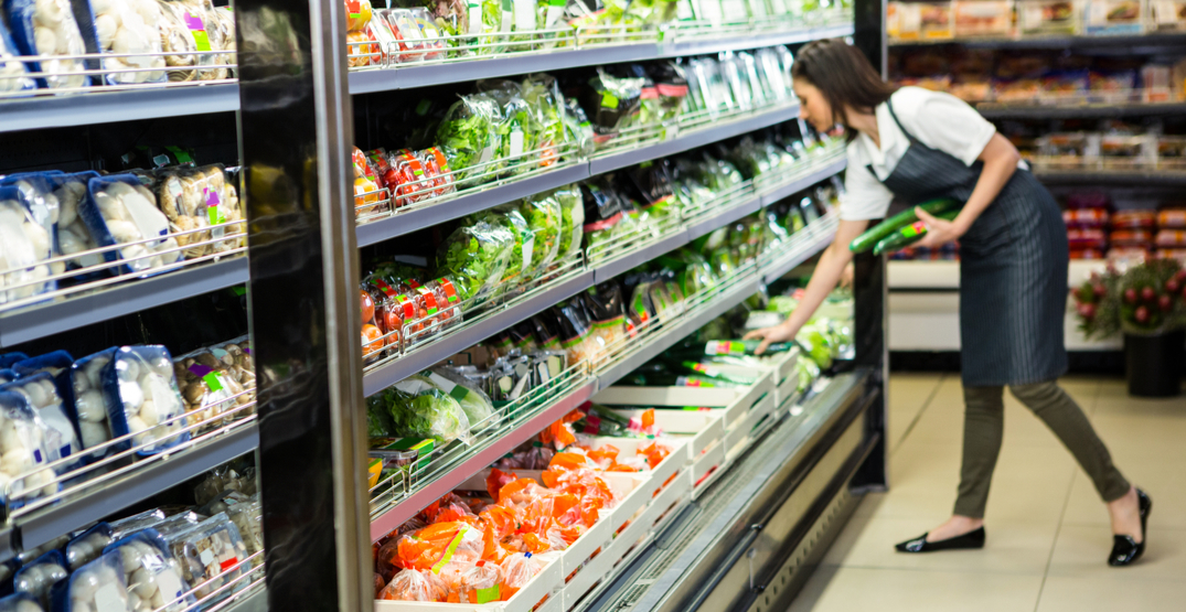 Grocery stores are increasing wages for employees amid coronavirus