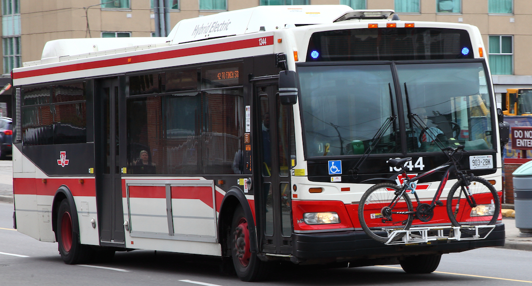 "TTC no longer accepts cash, tokens, and tickets on buses to promote ""physical distancing"""