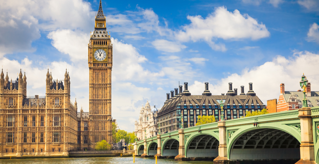 UK extends visas for travellers unable to return home due to coronavirus